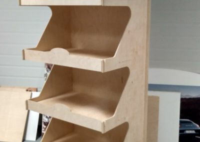Stands of chipboard and plywood MDF (1)